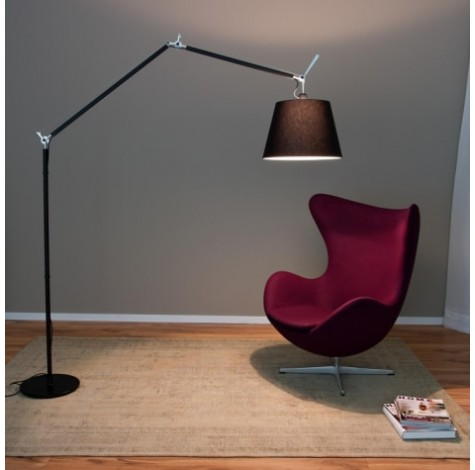 lampadaire articul tolom o artemide meubles steinmetz. Black Bedroom Furniture Sets. Home Design Ideas