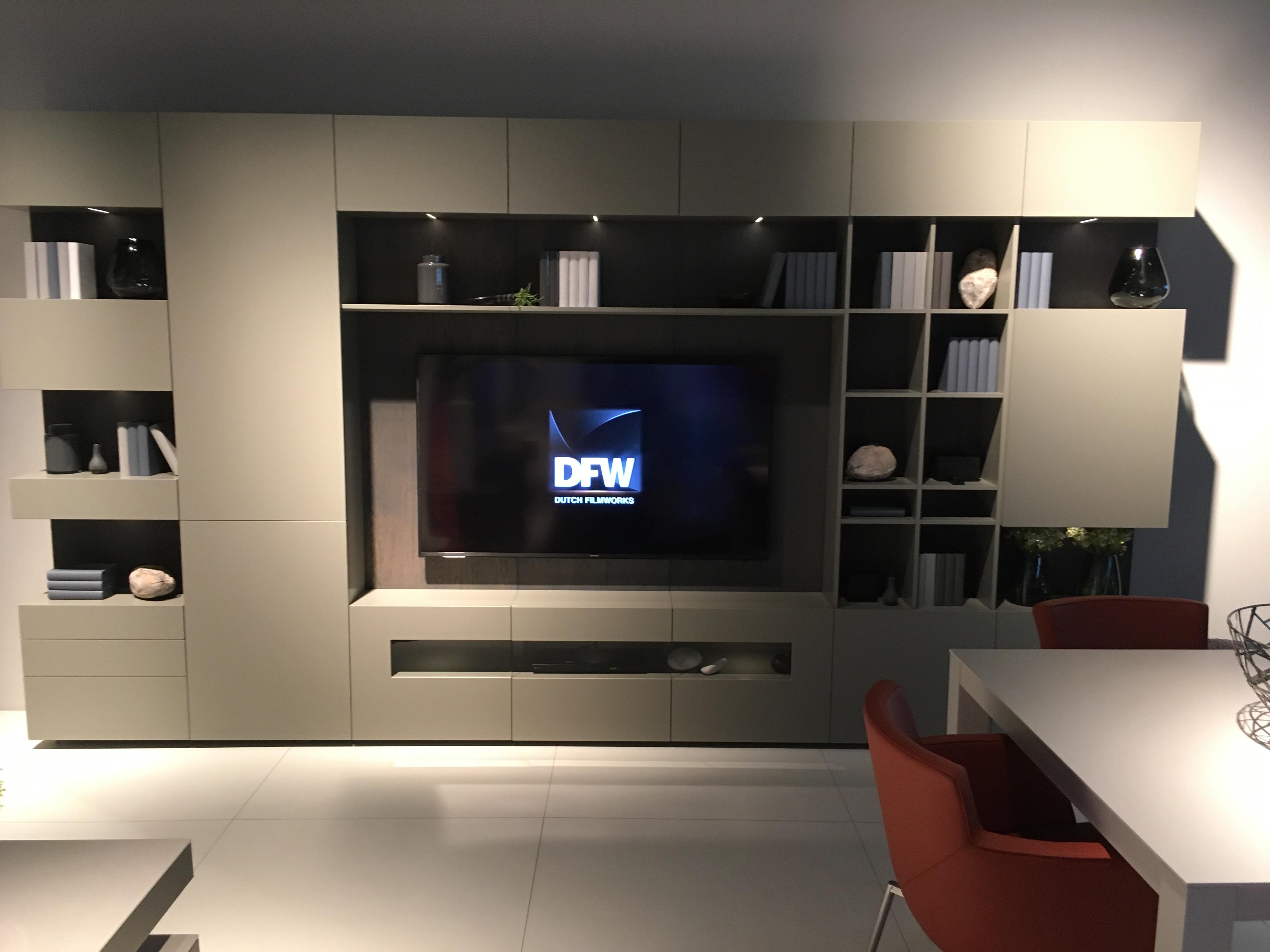 composition karat heldense meubles steinmetz. Black Bedroom Furniture Sets. Home Design Ideas