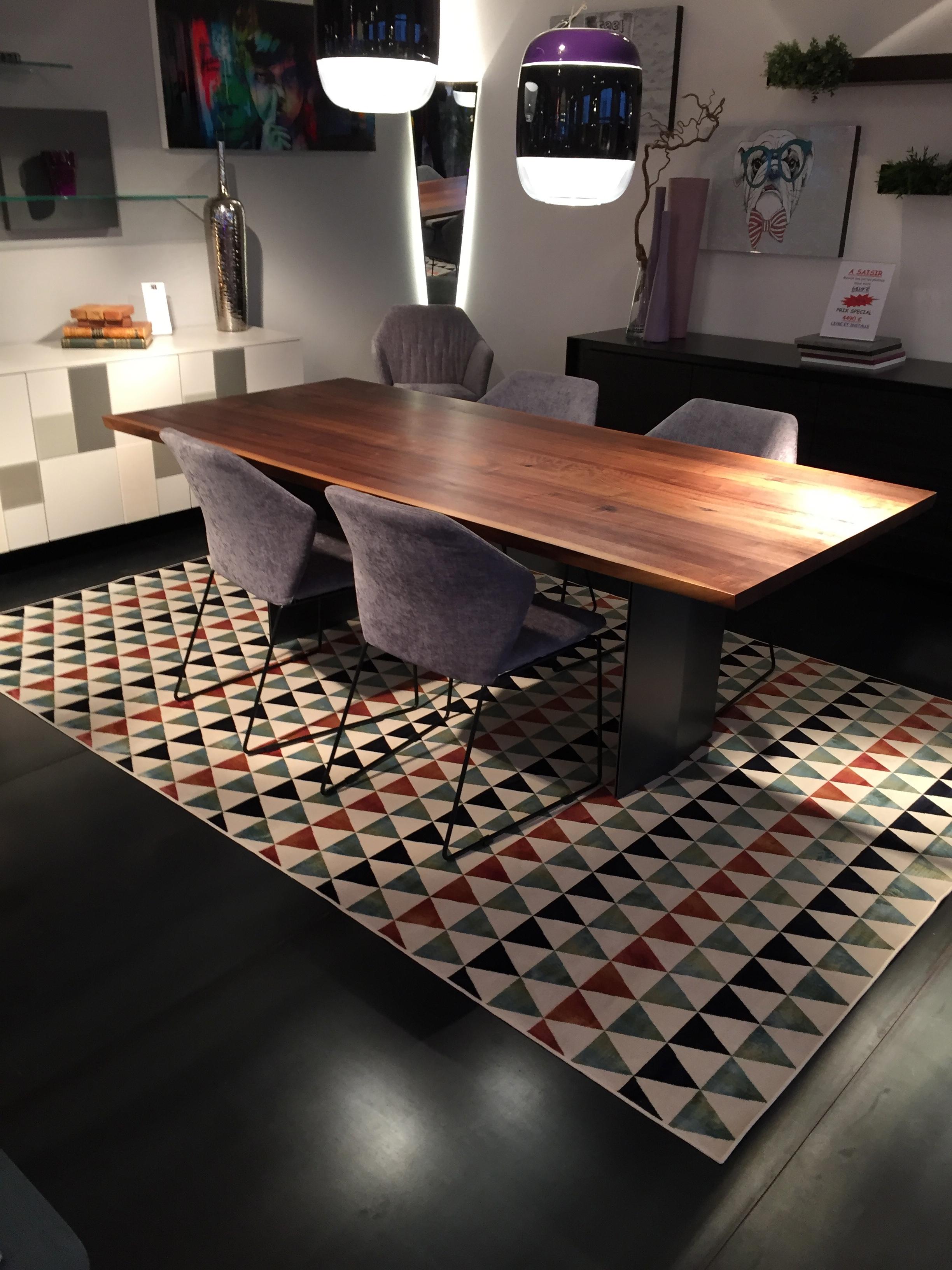 tapis meubles steinmetz. Black Bedroom Furniture Sets. Home Design Ideas