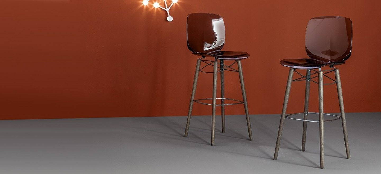 Collection de chaises et tabouret de bar meubles steinmetz - Tabouret de bar rue du commerce ...