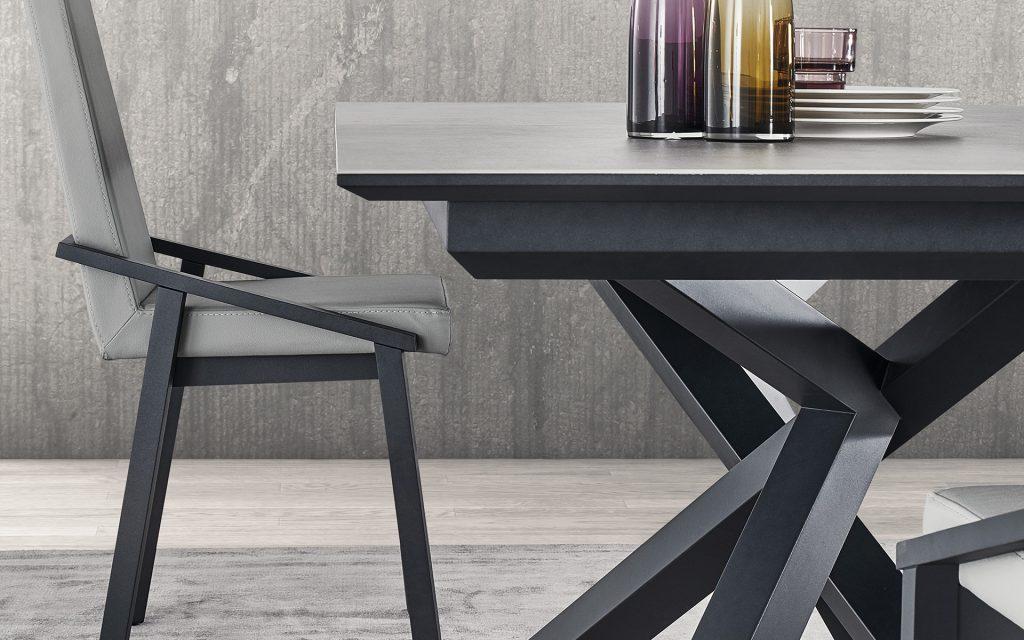 table puzzle meubles steinmetz. Black Bedroom Furniture Sets. Home Design Ideas