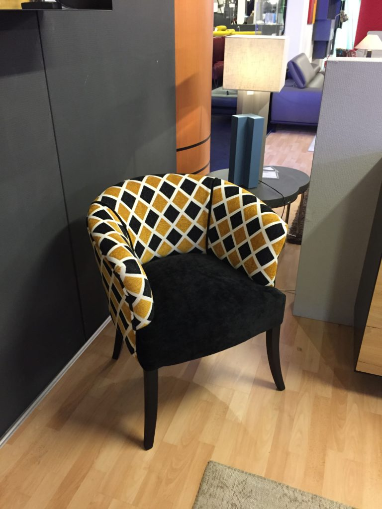 fauteuil tissu meubles steinmetz. Black Bedroom Furniture Sets. Home Design Ideas